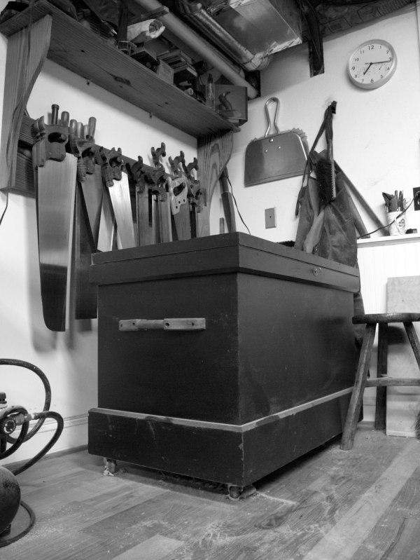how to break open tool chest