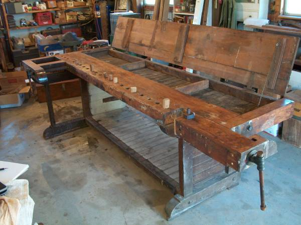 A Flip Top Workbench Lost Art Press