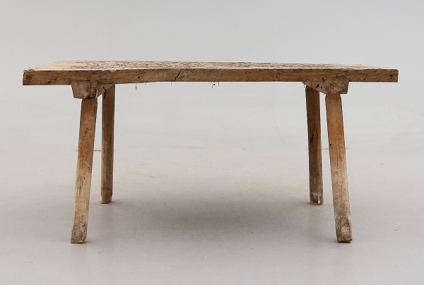 A circa 1800 worktable. Thanks to Richard O. Byrne for digging this up.