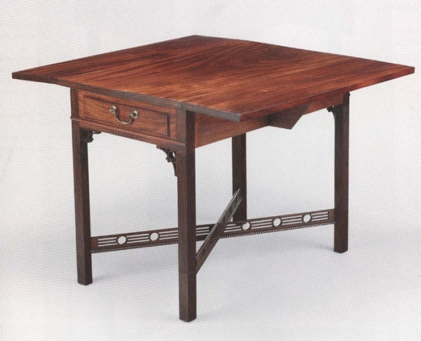 Pembroke Table, 1785-1790, John Townsend. Winterthur Museum.