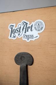 logo_sticker_img_3877