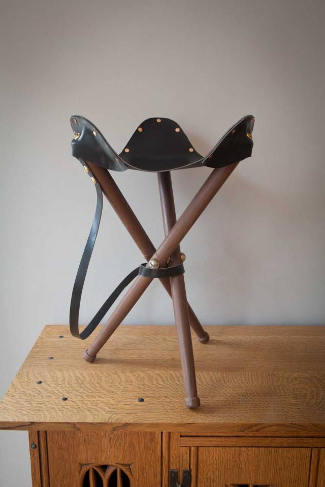 PW_stool_walnut_opener_IMG_5108