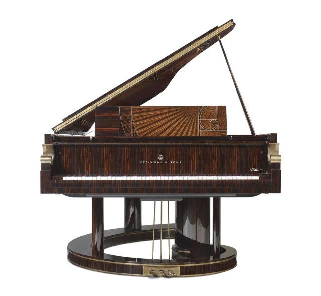009-fibonacci-piano