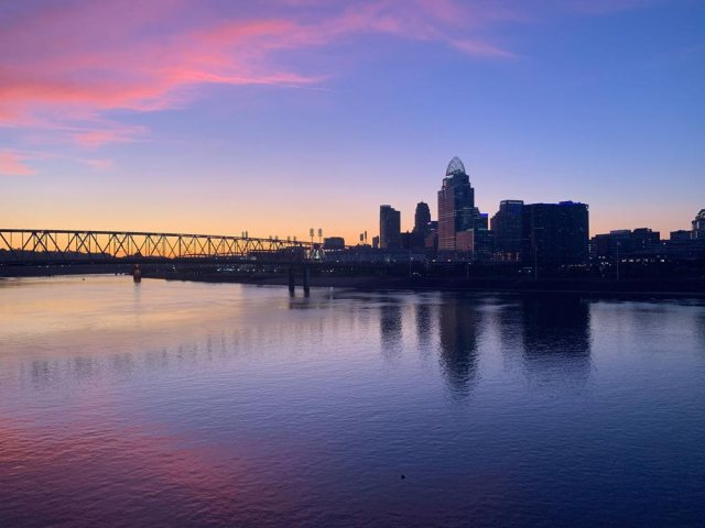 cincinnati-from-the-purple-people-bridge-IMG_3983