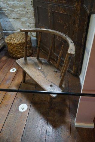 4-47-89-armchair-DSC01333
