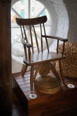6-018-gibson-chair-DSC01289