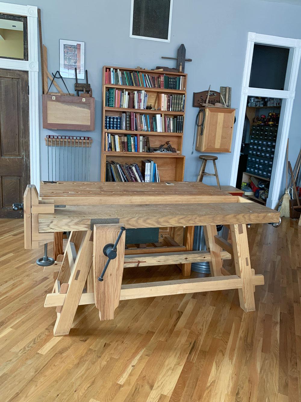 Workbench Tour No. 8: Moravian Workbench